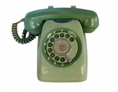 Élaboration d'un savon à raser... besoin de vos compétences - Page 3 Vieux-telephone-vert-analogique